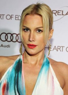 She also starred as Esther in the TV Series The Vampire Diaries Alice Evans, Gorgeous Women, Beautiful, Vampire Diaries, Tv Series, Amy, Vogue, Stars, Celebrities