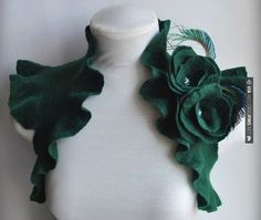 Brilliant! - Green bridal bolero | CHECK OUT MORE GREAT GREEN WEDDING IDEAS AT WEDDINGPINS.NET | #weddings #greenwedding #green #thecolorgreen #events #forweddings #ilovegreen #emerald #spring #bright #pure #love #romance