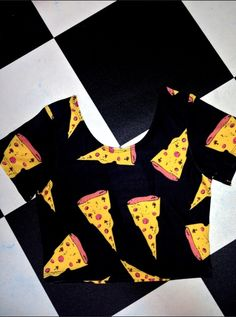 #OMIGHTY OG PIZZA SLUUTTTTT CROP TEE   Nylon spandex blend All over stretch All over print Cropped and lightweight