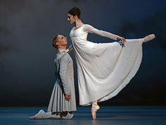 Bennet Gartside and Marianela Nunez in The Winters Tale