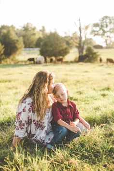Photo from Whitley & Oakley collection by Lindsey Jones Photography