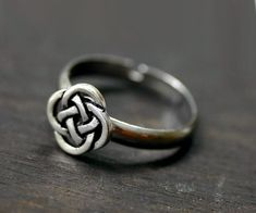 Hey, I found this really awesome Etsy listing at https://www.etsy.com/listing/69085207/celtic-ring-eternity-love-knot-infinity