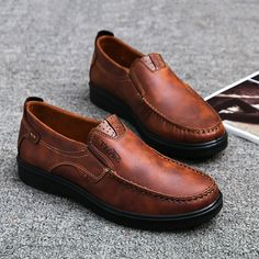 8e588f17d Men Flats Shoes Summer Breathable Casual Shoes Men Loafers Slip On Driving  Shoes Chaussure Homme Brown Black