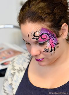 Make-up artist school, Spider Face Painting, Eye Face Painting, Belly Painting, Face Painting Designs, Halloween Face Paint Designs, Face Painting Halloween Kids, Theme Halloween, Halloween Make Up, The Face