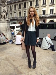 H&M Boots, bottes, bottines - TOPSHOP Sacs, sacoches - # VINTAGE #Mini-jupe - NEW LOOK Chemise, chemisier, tunique #women #mode #look #streetstyle  http://moodlook.com/look/2014-06-17-france-paris-19