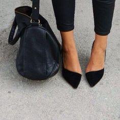 gvb5f3-l-c680x680-shoes-bag-heels-glitter-purse-outfit-black+shoes-highheels-blonde-tan-bershka-asymmetrical-summer+shoes-shoes+winter-black+jeans-high+waisted+skinny+jeans-asymetrisch-sandals-class.jpg (680×680)
