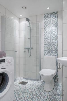 Is your home in need of a bathroom remodel? Give your bathroom design a boost with a little planning and our inspirational Most Popular Small Bathroom Remodel Ideas in 2018 Bathroom Design Small, Bathroom Layout, Bathroom Interior Design, Modern Bathroom, Small Bathroom Showers, Small Bathrooms, Small Full Bathroom, Small Shower Room, Marble Interior
