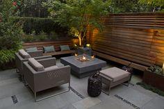 Jardines pequeños con encanto - Las nuevas tendencias para 2021 - Backyard Seating, Backyard Retreat, Fire Pit Backyard, Garden Seating, Backyard Patio, Modern Backyard, Small Backyard Landscaping, Modern Landscaping, Garden Modern
