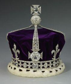 Queen Elizabeth, The Queen Mother's Crown. Royal Collection Trust/© Her Majesty Queen Elizabeth II 2014 British Crown Jewels, Royal Crown Jewels, Royal Crowns, Royal Tiaras, Royal Jewelry, Tiaras And Crowns, Diamond Jewelry, Purple Diary, Royal Collection Trust