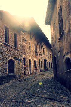 Perouges, France Visit France, Homeland, Medieval, Spaces, World, Photography, Travel, Photograph, Viajes