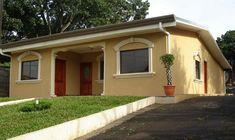 fachada ocre Exterior Wall Design, Exterior Colors, Exterior Paint, Village House Design, Village Houses, Office Floor Plan, Pintura Exterior, Outdoor Rooms, Outdoor Decor