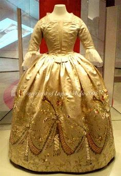 Rainha Maria Antonieta Vida e Moda | Ghmaria's Blog