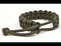 Make a Mad Max Style Paracord Survival Bracelet - Boredparacord.com - YouTube