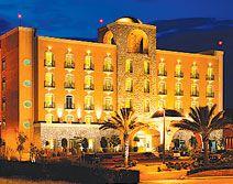 Hotel Holiday Inn Express Guanajuato, Guanajuato, Guanajuato - A 8 min de los principales atractivos de la ciudad y a 20 min del aeropuerto.