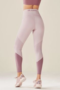 Yoga Pants Women Yoga Sculpt Strength Training Classes Near Me Yoga Poses To Do Everyday Aerial Flow Body Conditioning – okiwilldo Legging Outfits, Nike Outfits, Sporty Outfits, Athletic Outfits, Leggings Fashion, Hiking Outfits, Loungewear Outfits, Sporty Fashion, Yoga Fashion