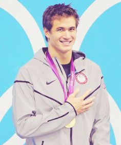 Nathan Adrian via http://watereal.tumblr.com/