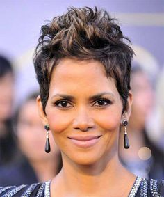 35 Best Halle Berry Pixie images | Halle berry hairstyles, Halle ...