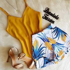 Jean Outfits, Chic Outfits, Fashion Outfits, Teen Fashion, Womens Fashion, Get Up, Summer Shorts, Aesthetic Clothes, Casual Wear