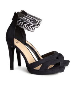 High sandals with black & white zig zag print at ankle. H&M. #HMSHOES