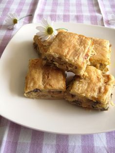 The one with all the tastes Greek Recipes, Pie Recipes, Cooking Recipes, Greek Pita, Yummy Mummy, Special Recipes, Different Recipes, Cooking Time, Family Meals