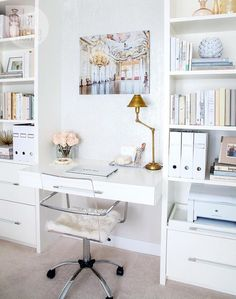You won't mind getting work done with a home office like one of these. See these 20 inspiring photos for the best decorating and office design ideas for your home office, office furniture, home office ideas Home Office Space, Home Office Design, Home Office Decor, Office Ideas, Small Office, Office Nook, Office Spaces, Office Furniture, Desk Space