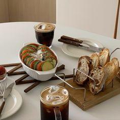 Food Net, Peach Jam, Good Food, Yummy Food, Snack Recipes, Healthy Recipes, Cafe Food, Savoury Dishes, Yummy Eats