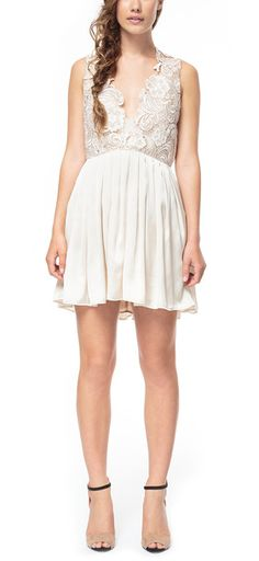 Bella Dress Lace Pink I need this!!