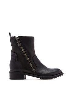 www.imdb.me/jessicasirls  fashion style boots leather winter  Large View - BLACK
