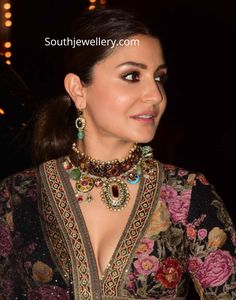 Anushka Sharma in an antique heritage choker set adorned with rubies, uncut diamonds, emeralds and gemstones by Sabyasachi heritage jewelry. Indian Bollywood Actress, Bollywood Girls, Bollywood Celebrities, Sabyasachi, Lehenga Choli, Sarees, Antique Jewellery Designs, Jewelry Design, Bridal Necklace