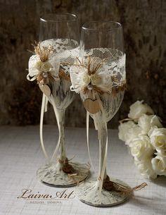 Boda Champagne flautas tostado vasos rústicos fultes por LaivaArt