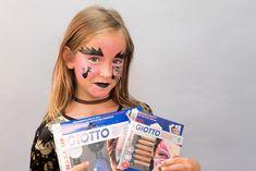 Disfraz de pirata: 8 ideas para un disfraz casero | Pequeocio.com Maquillaje Halloween, Halloween Jack, Halloween Disfraces, Jack O, Carnival, Face, Party, Costume Halloween, Halloween Party