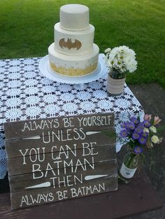 A wedding cake can really set the tone for your special day. Many like to start with a cake idea and plan out the wedding theme from there, using the cake