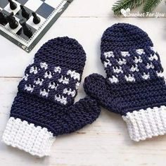 Crochet Baby Mittens Crochet Checkered Mittens Free Pattern - Checkered Mittens Free Crochet Pattern available in 3 adult sizes. Do not forget to select at least 2 different colors to make these mittens. Crochet Baby Mittens, Crochet Kids Scarf, Crochet Mittens Free Pattern, Crochet Coaster Pattern, Crochet Gloves, Crochet Baby Booties, Free Crochet, Knit Crochet, Crochet Patterns