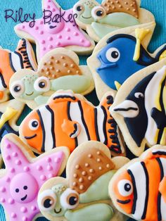 Finding Nemo Cookies, birthday party, baby shower,  Finding Dory, Finding Nemo birthday favors, Finding Nemo Party by RileyBakes on Etsy https://www.etsy.com/listing/199012555/finding-nemo-cookies-birthday-party-baby