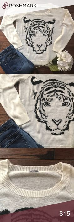 Charlotte Russe Tiger Sweater Cream/Off White sweater in great condition! Size tag is missing but it is a medium. Fits loosely, I believe also fits comfortably as a large. Light pilling. Charlotte Russe Sweaters