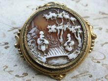 French antique 19th century 18 k gold vermeil shell hand carved cameo brooch frame woman plaza bridge tree noble flower ornate house river