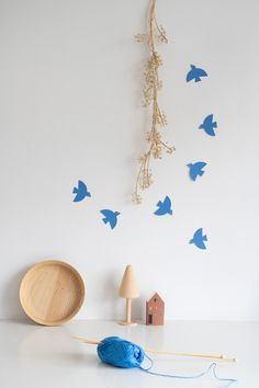 These graphic flying birds will instantly put you in a summer mood! Use them as gift decoration, wall ornament or summer party accessory… One contains Get In The Mood, Minimalist Christmas, Wall Ornaments, Surface Pattern, Gift Tags, My Design, Wings, Flying Birds, Cobalt Blue