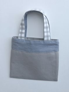 "Quick & Easy Unlined Flat Tote.   Cut w/1"" seam allowance.  Sew WST.  Turn WS out, iron seam flat. Sew seam again."