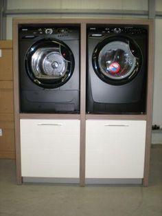 KAST VOOR WASMACHINE EN DROGER: De kast moet een afmeting hebben van 140 * 70 * 220 verdeeld in 4 vakken (zie foto) zodat er een wasmachine en droger in kan.