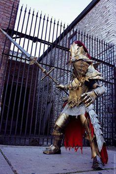 Dark Souls-Ornstein Cosplay