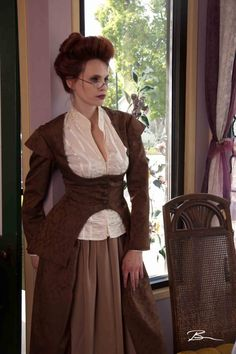 steampunk. this woman looks remarkably like my sister-in-law.