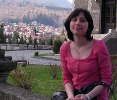 Linux kernel debugging will soon get easier thanks to Outreach Program for Women intern Teodora Băluţă's project to compress oops messages into QR codes. http://lnkd.in/bTksNtJ