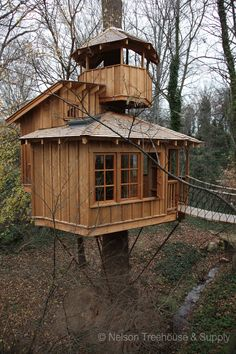 DC Treehouse - Built for a lucky set of children, the many lines of this structure make you feel young and playful. Pete's favorite aspect of this treehouse is the crow's nest perched above the structure for the truly adventurous!