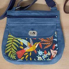 Sac Polka bleu et coton colibri cousu par Marie - Patron Sacôtin