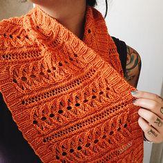 Ravelry: Lily pattern by Izznit Knits FREE pattern Crochet Mens Scarf, Crochet Shawl, Knit Crochet, Knit Cowl, Knitted Cowls, Knit Shawls, Crochet Scarfs, Knit Scarves, Crochet Summer