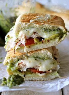 smoked turkey tomatoes cheese sandwich