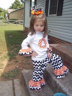 Halloween FUNKy Black Chevron stripe with Orange Polka dots two piece outfit Appliqued ghost on tee Ruffled Pants 12 18 24 2 3 4 5 6 GIRLS