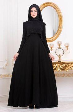 Dress Hijab Casual Black 25 Ideas For 2019 Hijab Evening Dress, Hijab Dress Party, Hijab Style Dress, Evening Dresses, Trendy Dresses, Casual Dresses, Estilo Abaya, Black Hijab, Black Abaya
