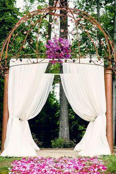 Gorgeous Virginia Wedding Inspiration at Potomac Point Winery - MODwedding Mod Wedding, Purple Wedding, Wedding Stuff, Wedding Ceremony Decorations, Ceremony Backdrop, Hot Pink Weddings, Real Weddings, Best Wedding Planner, Wedding Planning
