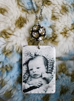 cute idea for a mother's day gift.  Might do this for my girls with pictures of the grandbabies.
